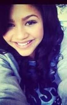 por tener la sonrisa mas bonita del mundo
