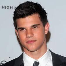 Taylor gay Lautner
