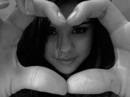 divinaa!!!!!! te amo selly!