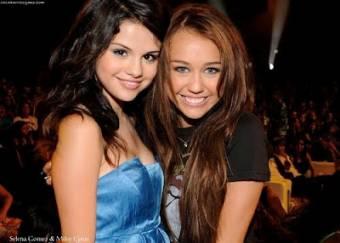 Miley Cyrus & Selena Gomez