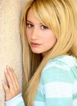 Ashley Tisdale ledisen p***a por que amadurado mucho basta de que la yamen asi