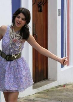 Selena La Que dice que todos somos hermosos sin importar.
