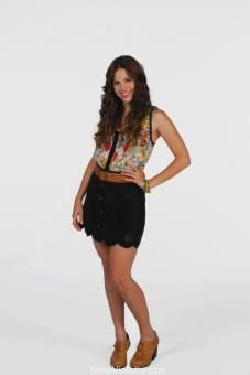 Candelaria Molfese (Camila)
