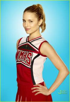 Quinn (Dianna Agron)