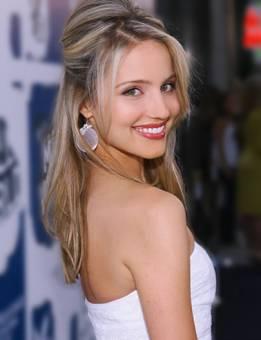 Dianna Agron (Quinn)