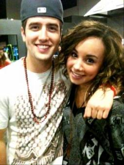 Logan Henderson Y Savannah Jade