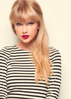 TAYLOR SWIFT 2012 HERMOSA