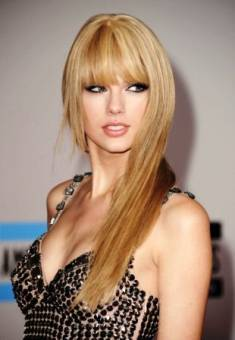 TAYLOR SWIFT(cantante)