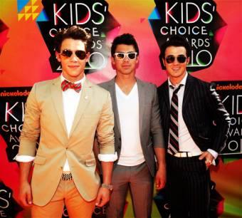 Jonas Brothers {jonatics}