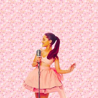 Ariana Grande {arianators}