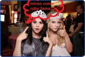 Selena haciendose la amiga de taylor swift solo para robarle fama