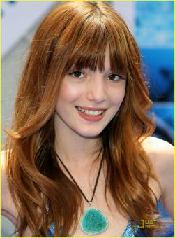 Cece Jones- Bella Thorne-Atodo Ritmo