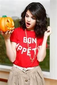 selena celebra halloween y esa foto la hizo demi y sus productores selenaticos