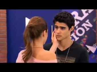 Porque creo que Tomás es muy romántico al igual que Violetta