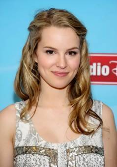 i love bridgit mendler
