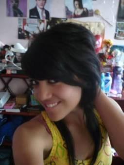 Carolina Romero -  17 a�os - Quito