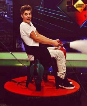 Justin Bieber-Belieber. Yo Amo a este Normalito