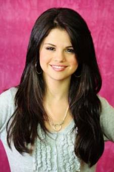 Selena Gomez (Hermosa)
