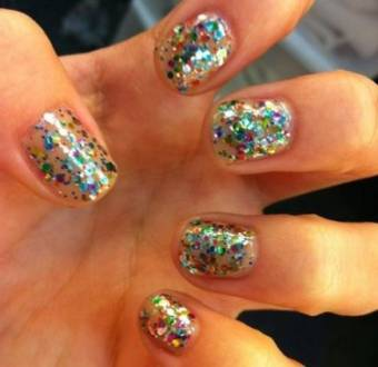 por tener uñas lindas