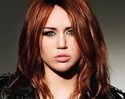 A mi : me gusta miley por sus hermosos ojos