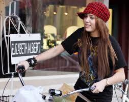 Miley Es mas cool con gorra
