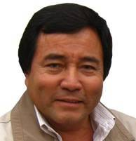 NICOLAS KUSUNOKI FUERO (ALCALDE DE COMAS)