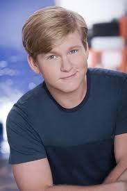 Grady Mitchell--Doug Brochu--22 años