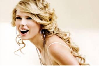 Voy a empezar a hacer votaciones para que opinen sobre los famosos♥