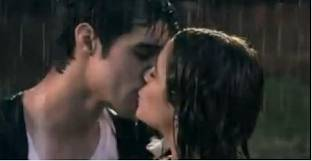 el  hermoso  beso  de  TOMAS