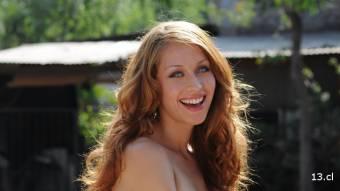 Ingrid Aceitón - 19 años (Mide 1.79 y sus medidas son: 87 – 61 – 88)