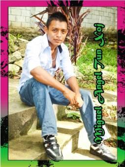 Miguel Angel Tun Xoj Perito en Administracion