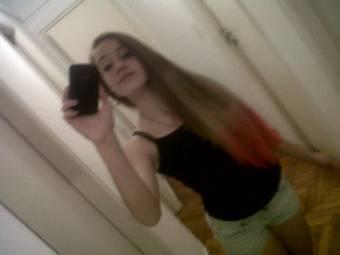 Por tener 14 años y tiene un pelo hermoso