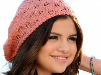 selly gomez la linda!!!!!(ella)