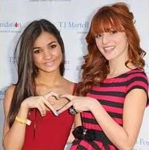 Bella Thorne y Pia Mia.