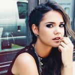 Maia Charlotte Mitchell (✓) Official Verified Account